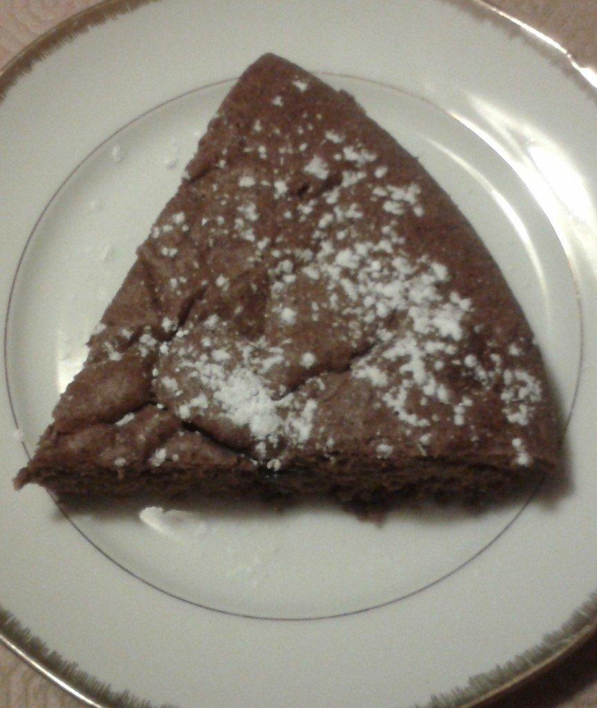 Gâteau au chocolat super aérien ! dans desserts sans culpabilité ou presque... 2013-03-13-19.57.03