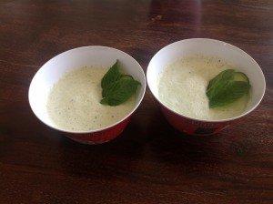 Soupe concombre/menthe express ! dans Soupes concombre-300x224