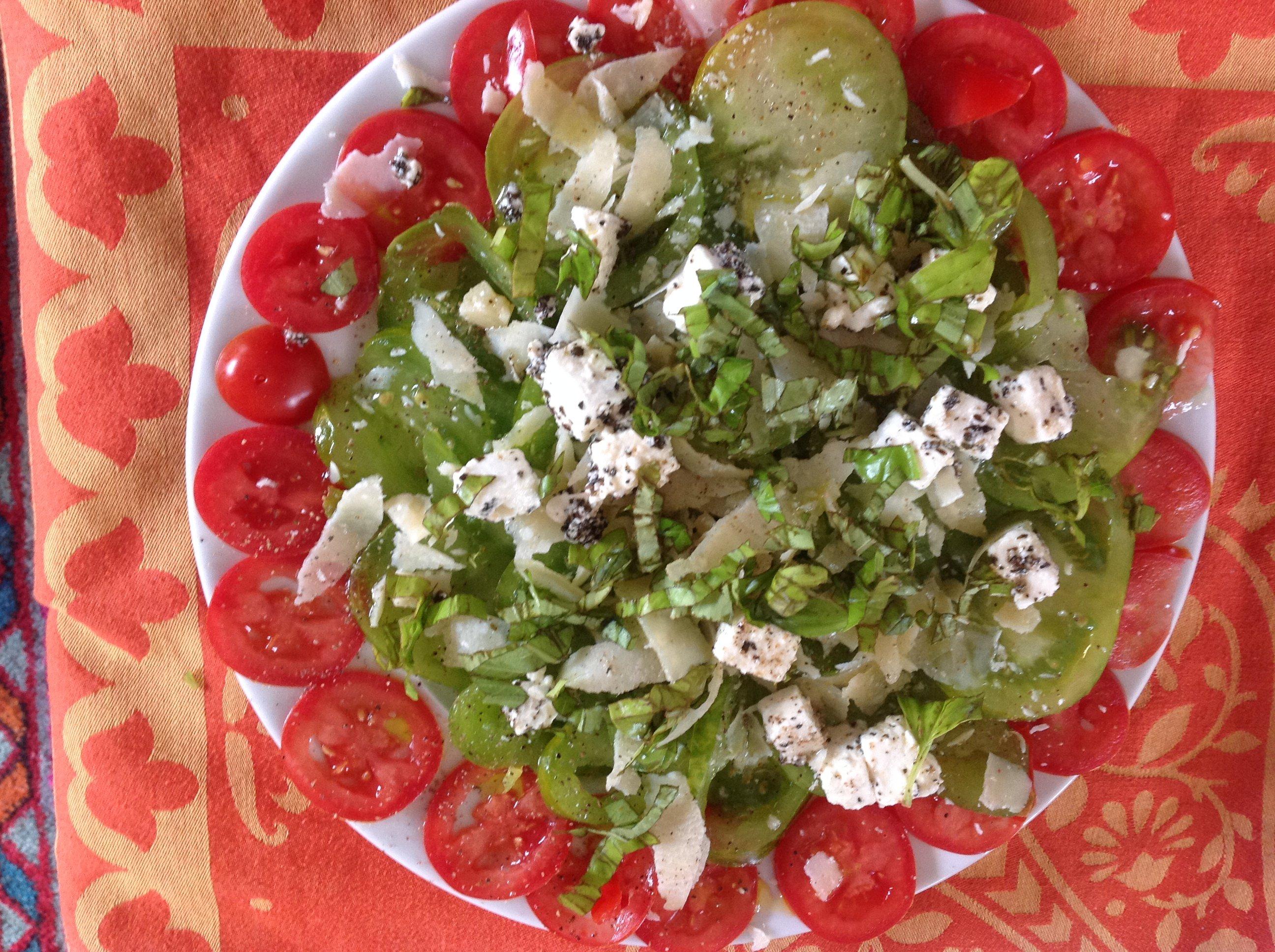 Salade toute simple il fait trop chaud pour cuisiner cuisinedamour - Salade de tomates simple ...